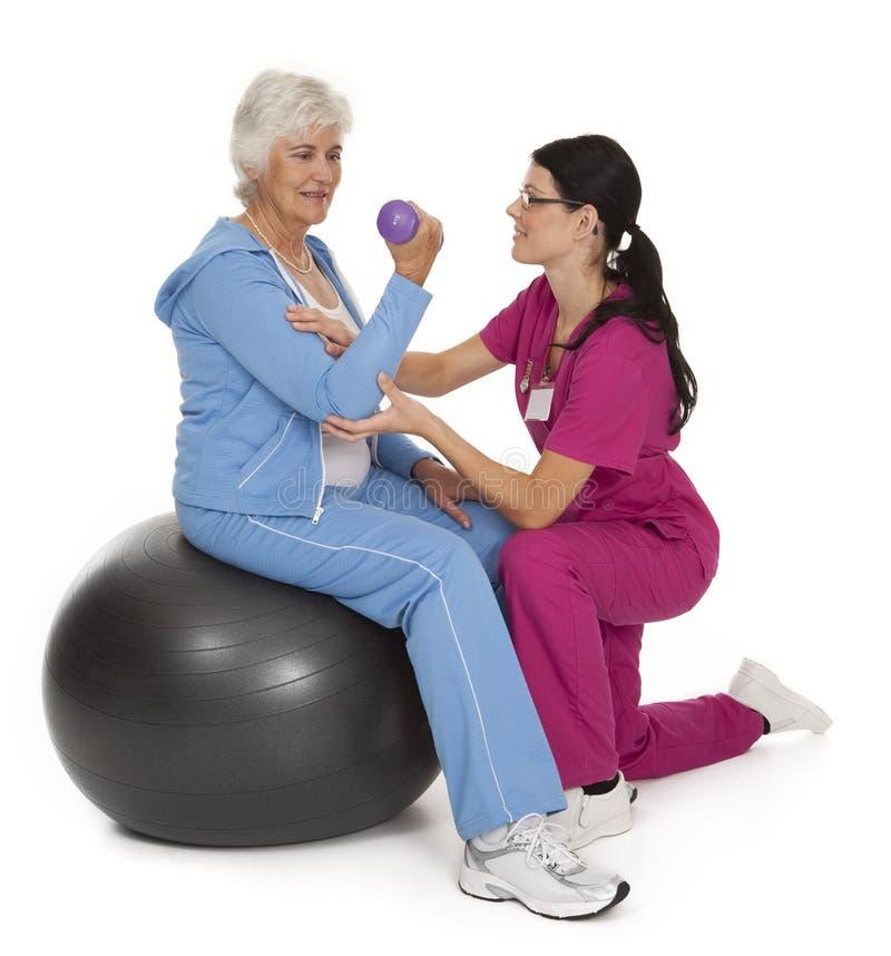 Fisioterapia del jubilado foto de archivo libre de regalías