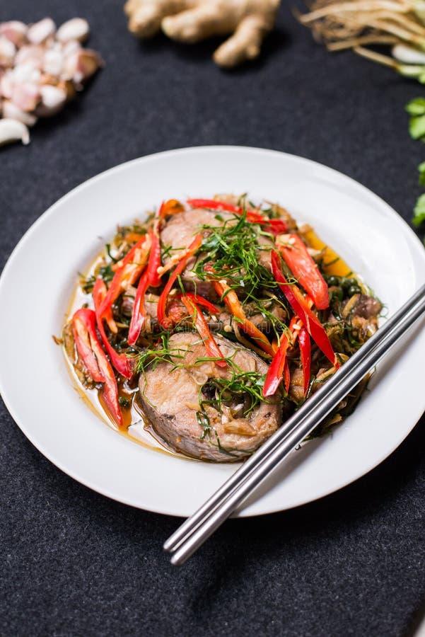 fiska stekt kryddigt royaltyfri bild