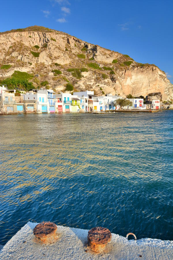 fiska traditionell by Klima Milos Cyclades öar Grekland royaltyfria foton