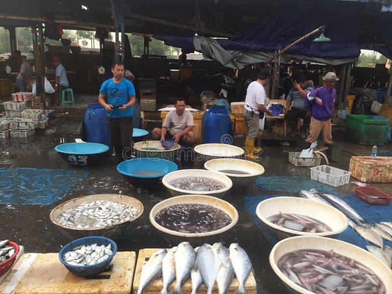 Fiskaffärsmannen arkivbilder