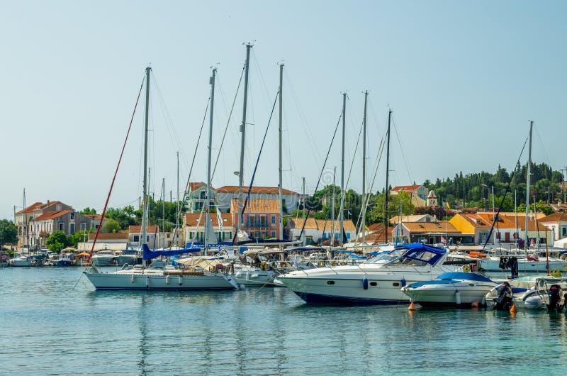 Fiskardo港在Kefalonia海岛,希腊上的 免版税库存照片