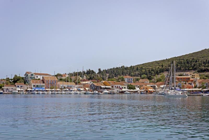 Fiskardo en la isla del kefalonia en Grecia foto de archivo libre de regalías