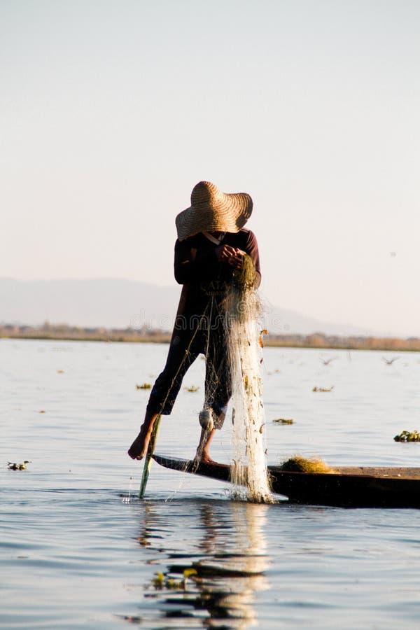 Fiskare på Inle sjön arkivfoto