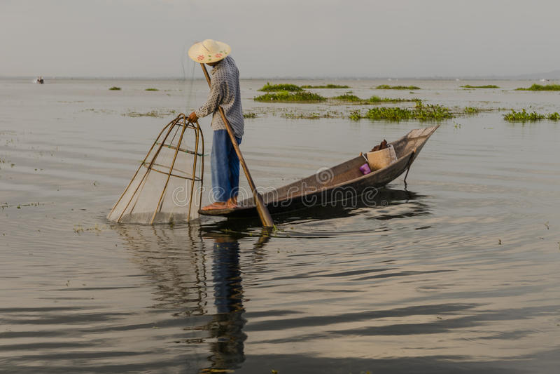 Fiskare på Inle sjön i Myanmar arkivfoton