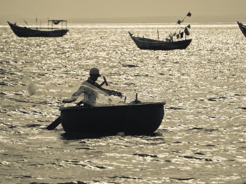 Fiskare Silhouette arkivbild