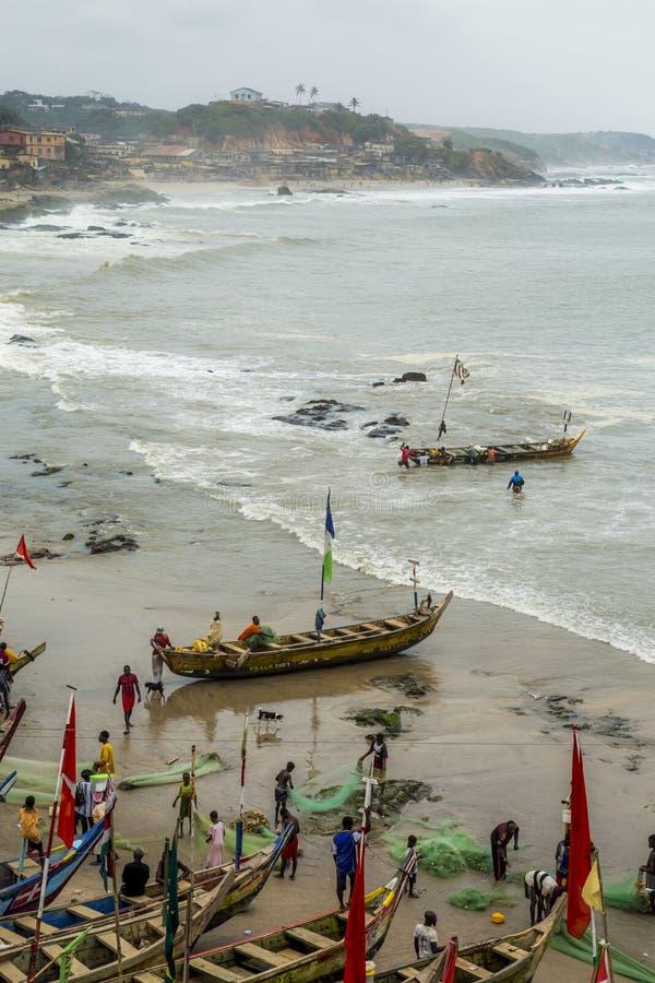 Fiskareby i Ghana arkivbilder