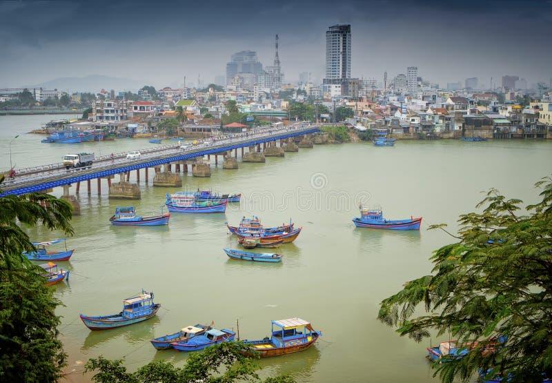 Fiskebåtar Nha Trang, Vietnam royaltyfri fotografi