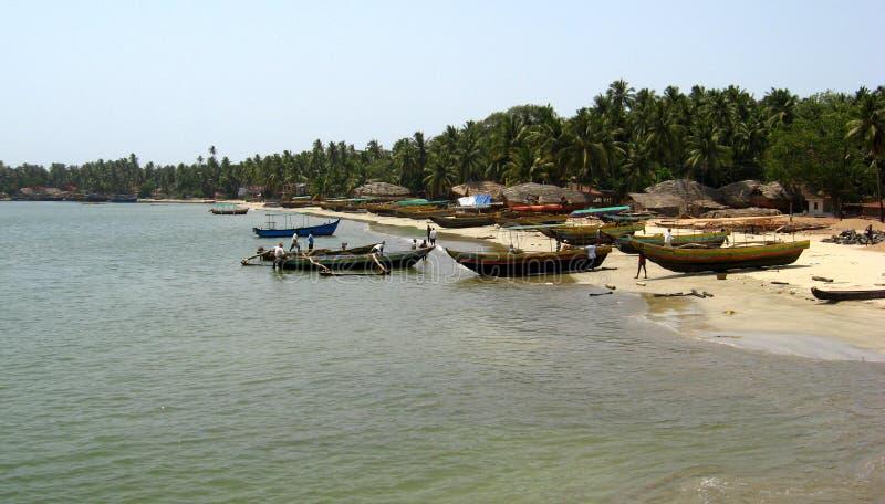 Fiskebåtar på Malvan royaltyfria bilder