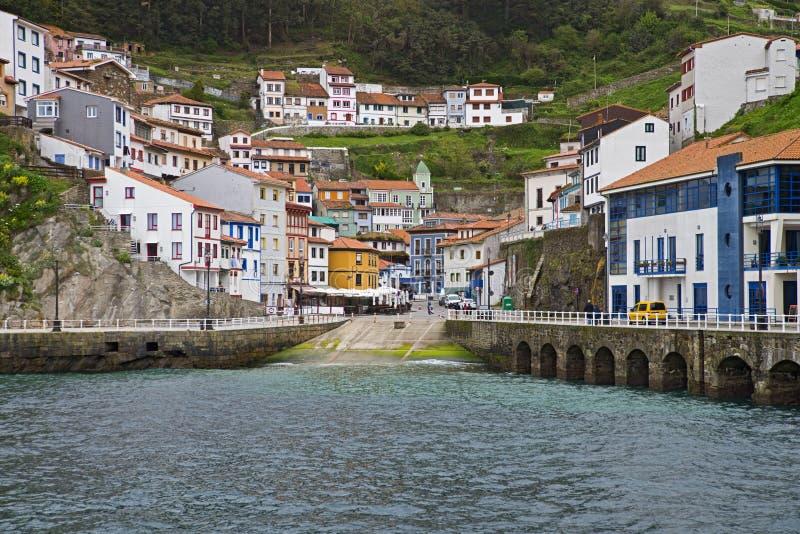 Fiskeläge av Cudillero, Asturias arkivfoto