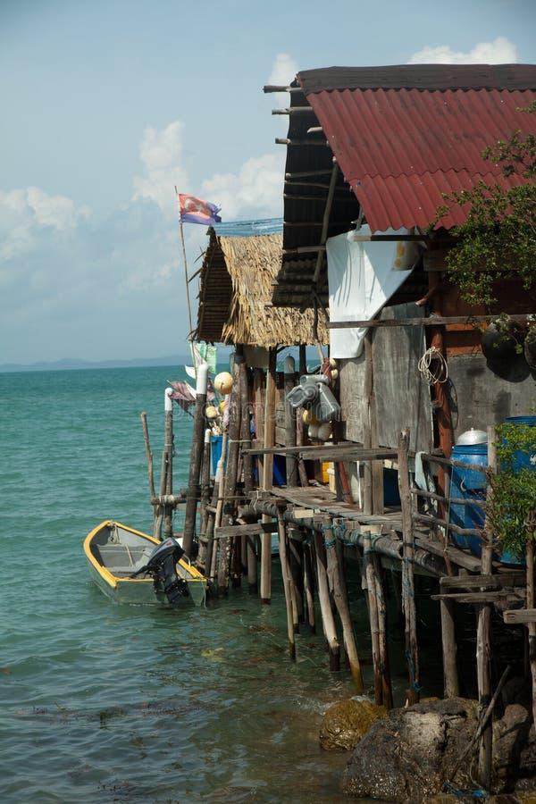 Fiskeläge på Pulau Sibu, Malaysia arkivbilder
