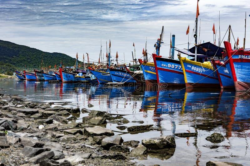 Fiskeport i danang i Vietnam royaltyfri foto