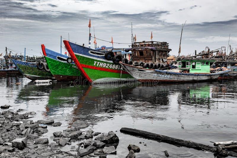 Fiskeport i danang i Vietnam arkivfoto