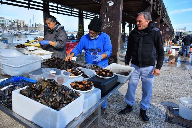 Fiskmarknad av Bari royaltyfri bild