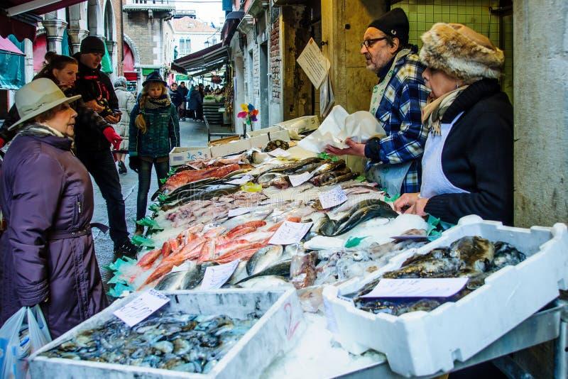 Fiskmarknad, Venedig royaltyfri bild