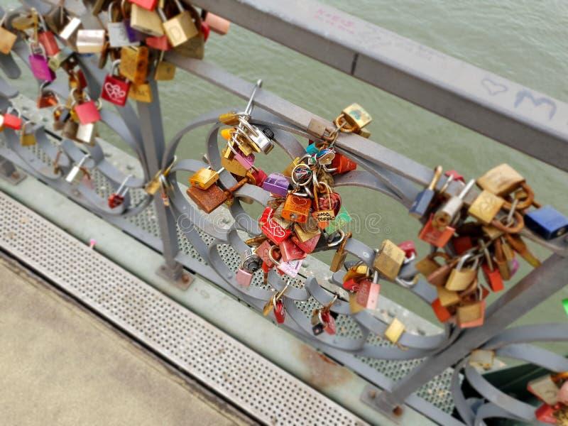 Fissa il ponte immagini stock libere da diritti