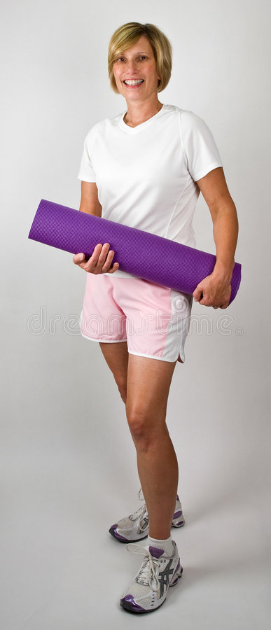 Fit Women With Polaties Mat