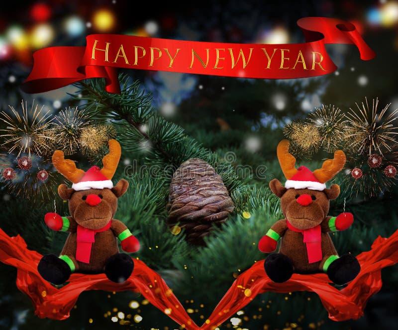 Fita feliz de Ano Novo com árvore de Natal e renas fotos de stock