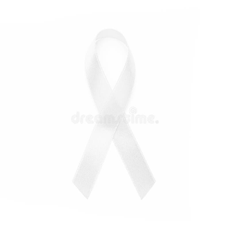 Fitas brancas da conscientização da terra comum todo o câncer Conceito da saúde foto de stock royalty free