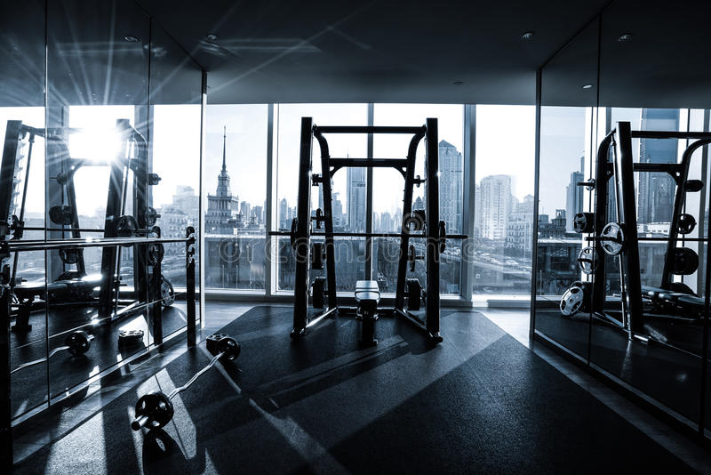 Fitness-Club-Innenraum lizenzfreies stockfoto