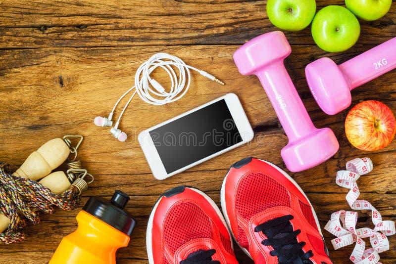 Fitness, Gezonde en actieve levensstijlenconcept, domoren, sport royalty-vrije stock afbeelding