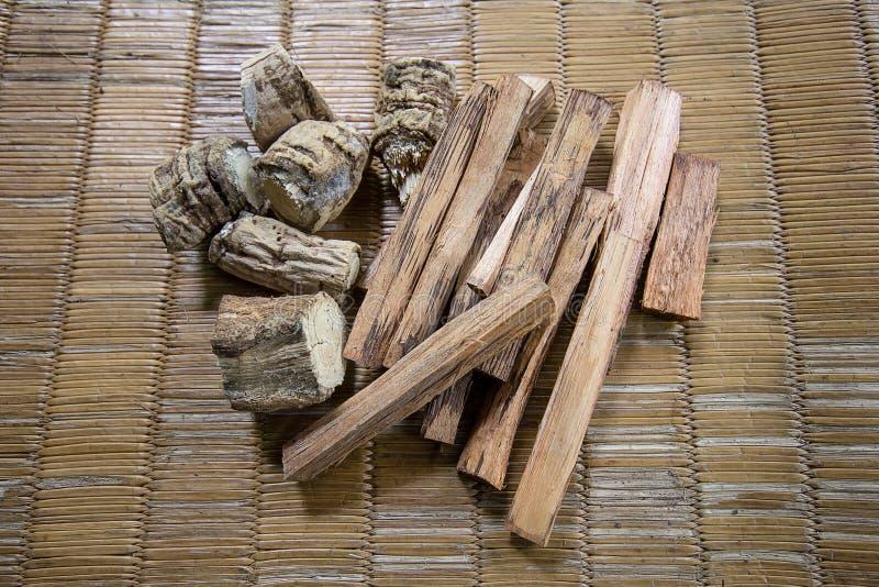 Fitoterapia de madeira imagem de stock royalty free