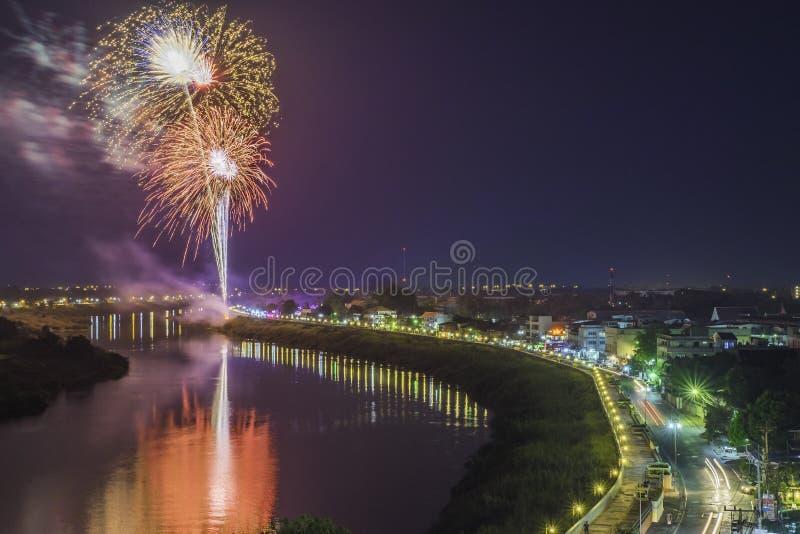 Fiume dei fuochi d'artificio in Tailandia fotografia stock libera da diritti