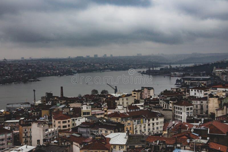 Fiume del Bosforo a Costantinopoli come visto da Galatea Tower fotografia stock libera da diritti