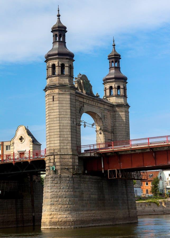 Fiume del ponte della regina Luise immagini stock