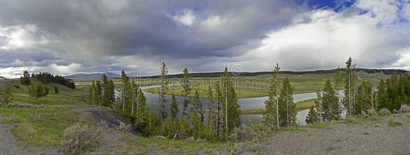 Fiume della curvatura del serpente nel grande parco nazionale di Tetons immagini stock libere da diritti