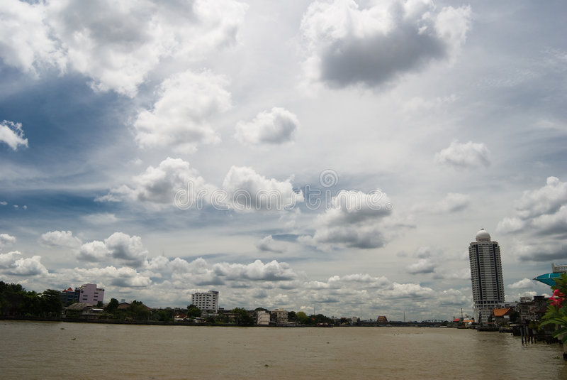 Fiume di Chao Phraya a Bangkok fotografia stock libera da diritti