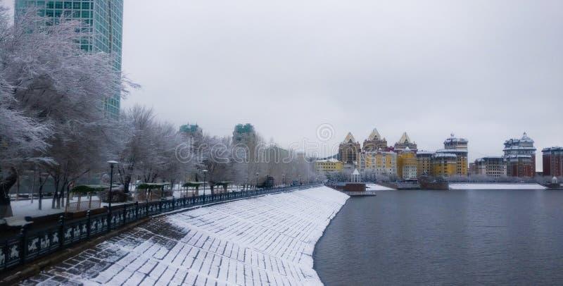 Fiume di Išim nella mattina di inverno immagini stock