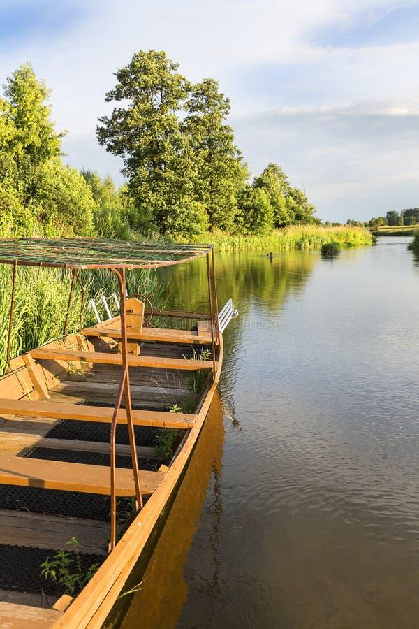Fiume di Nida della pianura, paesaggio di Nida Valley, Polonia fotografie stock