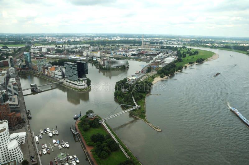 Fiume di Reno a Dusseldorf immagini stock libere da diritti