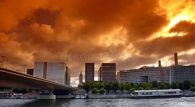 Fiume di Seine a Parigi fotografia stock