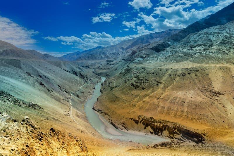 Fiume di Zanskar - Leh, Ladakh, India immagini stock
