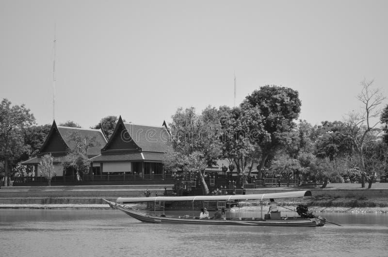 Fiume e stile di vita tailandese fotografia stock