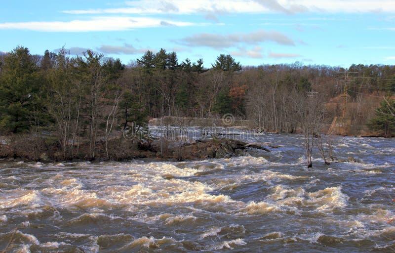 Fiume vicino ad accordo, New Hampshire di Merrimack fotografia stock libera da diritti
