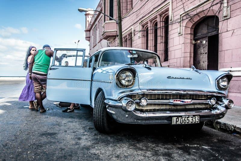 Fixa bilen fotografering för bildbyråer