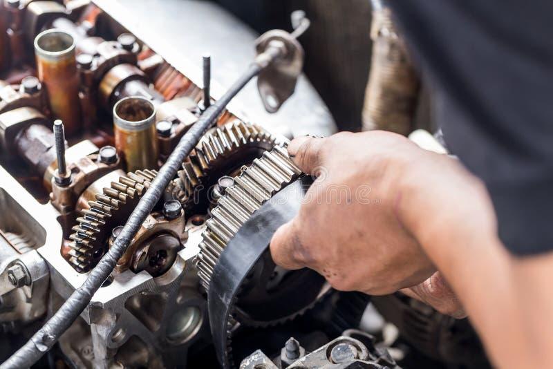 Fixation de moteur photographie stock