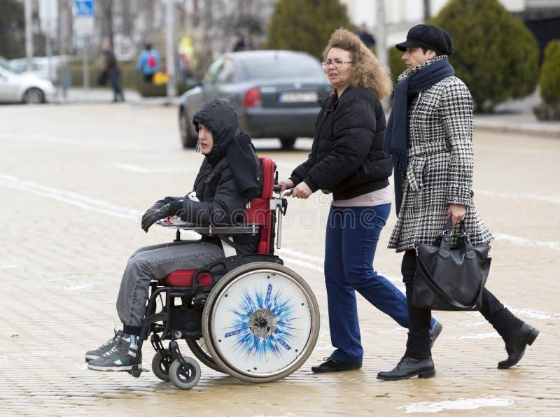 Fizyczni nadszarpnięć ludzie protestują (Niepełnosprawni) obraz royalty free