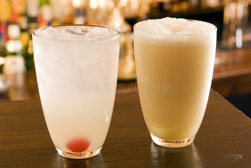 Fizzes Collins and Ramos Fizz