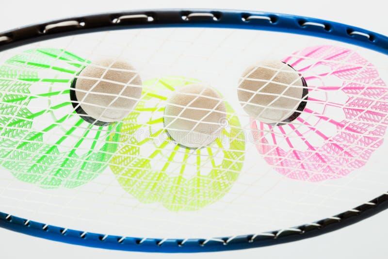 Fjäderbollar för badminton arkivbilder