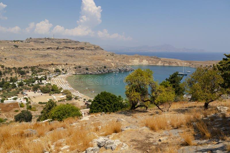 Fjärd för Saint Paul ` s i Lindos på ön av Rhodes arkivbild