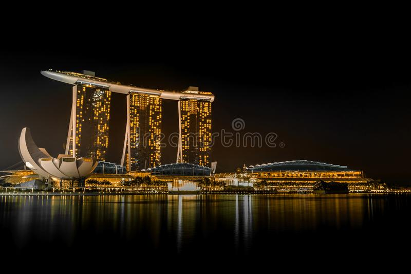 fjärdhotellmarinaen sands singapore royaltyfri fotografi