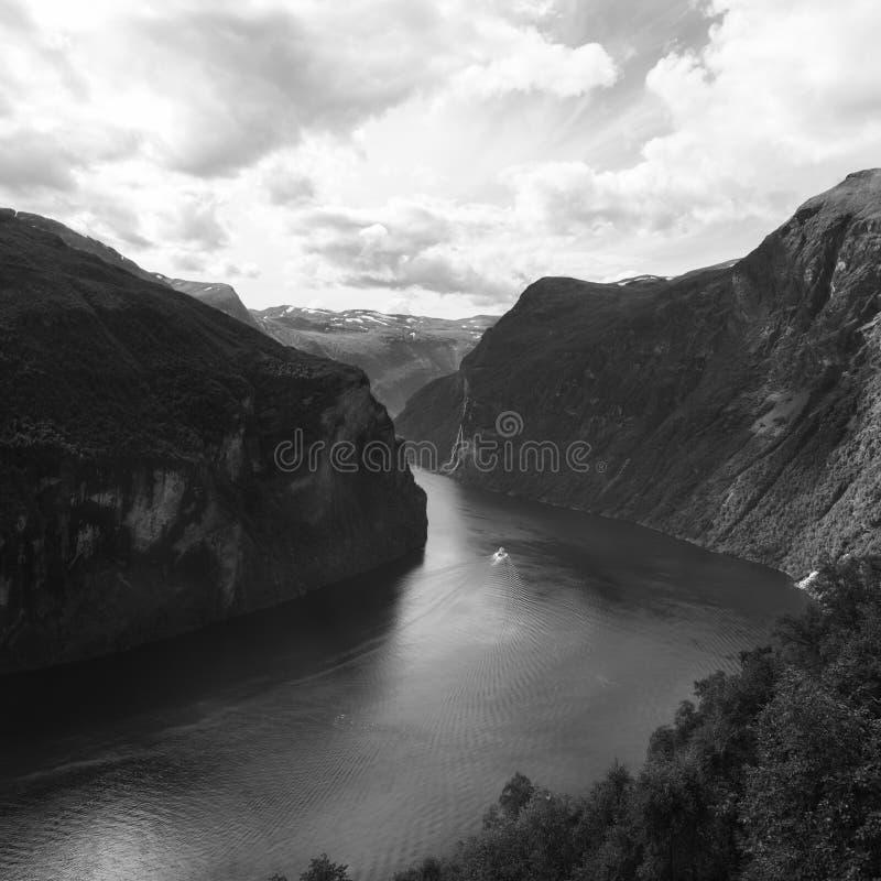 Fjord-Ausgang stockbilder