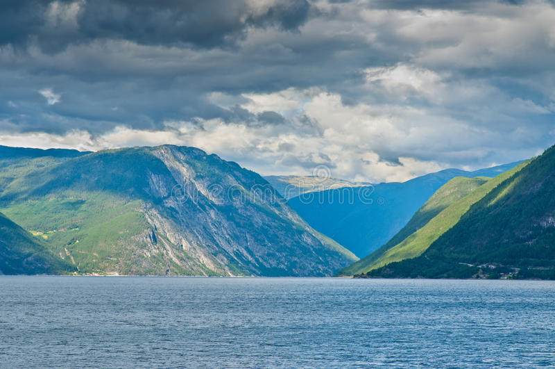 Fjord en Norvège photos libres de droits