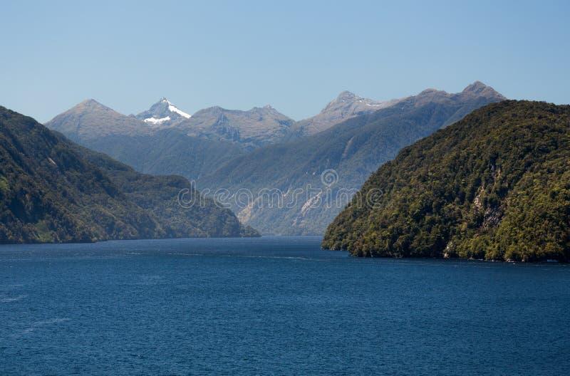 Fjord Wątpliwy dźwięk w Nowa Zelandia zdjęcie stock