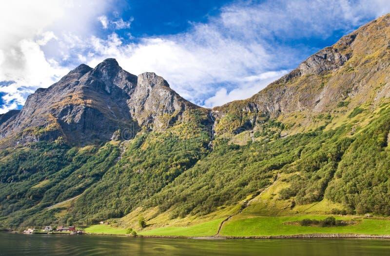 Fjorde in Norwegen und in der skandinavischen Natur lizenzfreies stockfoto