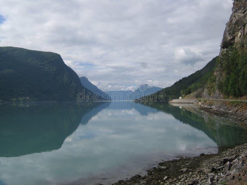 Fjorden van Noorwegen stock foto's