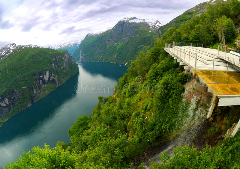 Fjordveranschaulichung lizenzfreies stockfoto